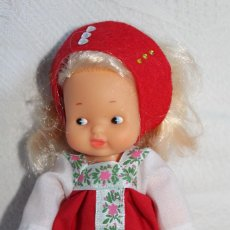 Muñecas Lesly y Barriguitas: BARRIGUITAS, VESTIDA COMO SE VE EN LAS FOTOS. Lote 297030253