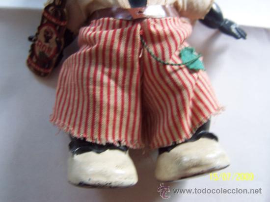 Muñecas Celuloide: PEQUEÑO MUÑECO( 16 CM.) CON BOTELLA DE CARTÓN -( RON) PLASTICO DURO, POSIBLEMENTE CELULOIDE - Foto 4 - 26734802