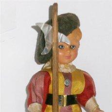 Muñecas Celuloide: MUÑECO CELULOIDE GUARDIA SUIZA DEL VATICANO. Lote 29047719