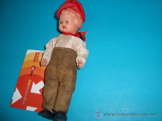 Muñecas Celuloide: Muñeca de celuloide , articulada con ojos durmientes - Foto 5 - 33943390