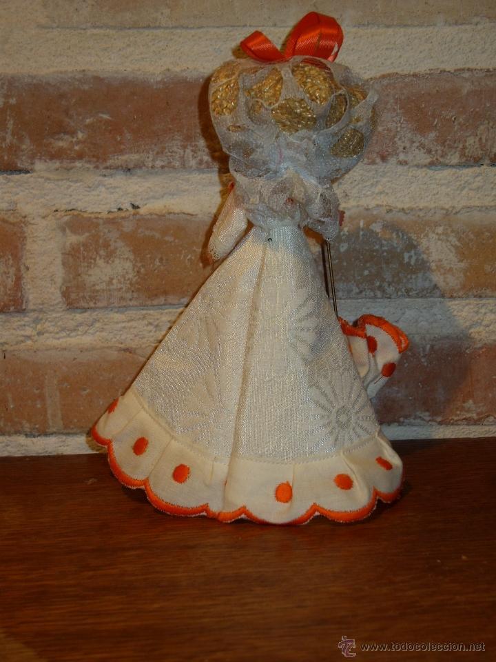 Muñecas Celuloide: ANTIGUA MUÑECA DE CELULOIDE.CON PAMELA Y PARAGUAS. DAMA ANTIGUA - Foto 3 - 41462356