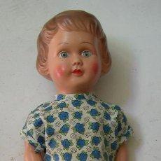 Muñecas Celuloide: ANTIGUA MUÑECA DE ACETATO CON SONIDO. Lote 52674289