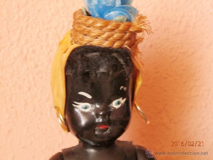 Muñecas Celuloide: ANTIGUA MUÑECA NEGRITA de CELULOIDE con FALDA DE CRISTAL Y CUARZOS - Foto 2 - 54622364
