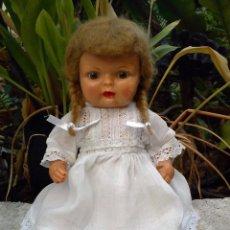 Muñecas Celuloide: ANTIGUA MUÑECA DE CELULOIDE CON PELO MOHAIR. Lote 82138292
