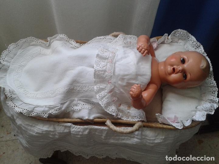 Muñecas Celuloide: PRECIOSO LOTE DE BEBE TORTUGA ,CON CAPAZO CON TODOS SUS ACCESORIOS ,AÑOS 40 - Foto 6 - 85927484