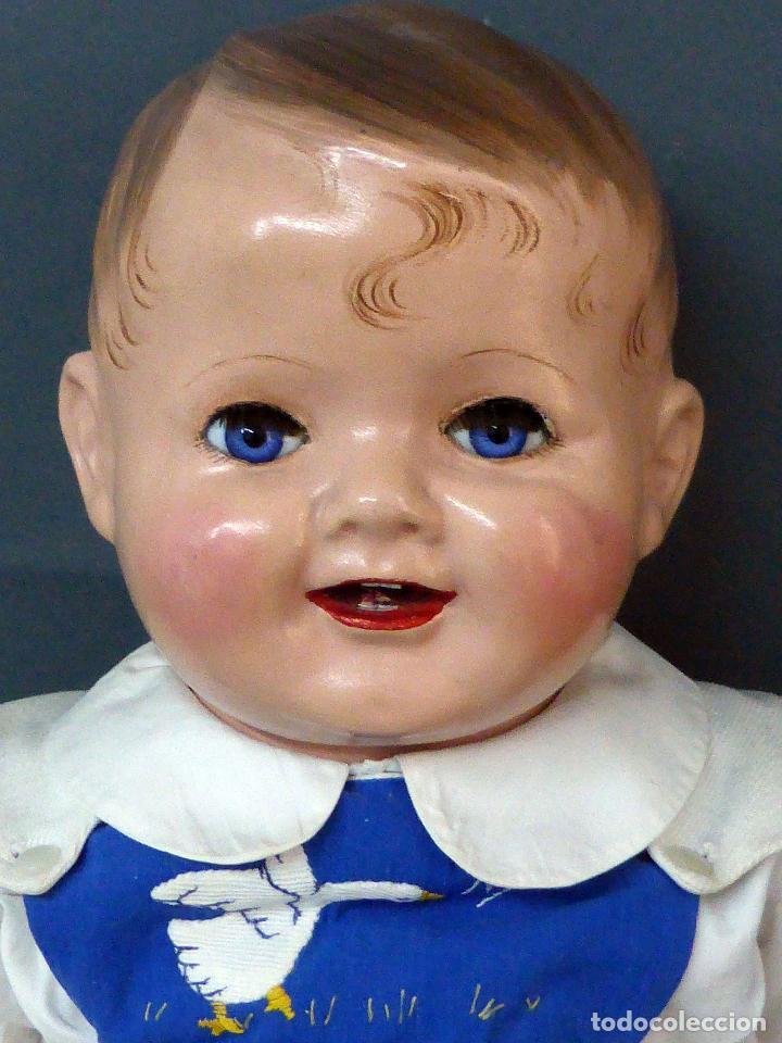 Muñecas Celuloide: Bebé celuloide con cuerpo trapo ojos fijos tamaño grande ropa original años 30 61 cm alto - Foto 2 - 89748032
