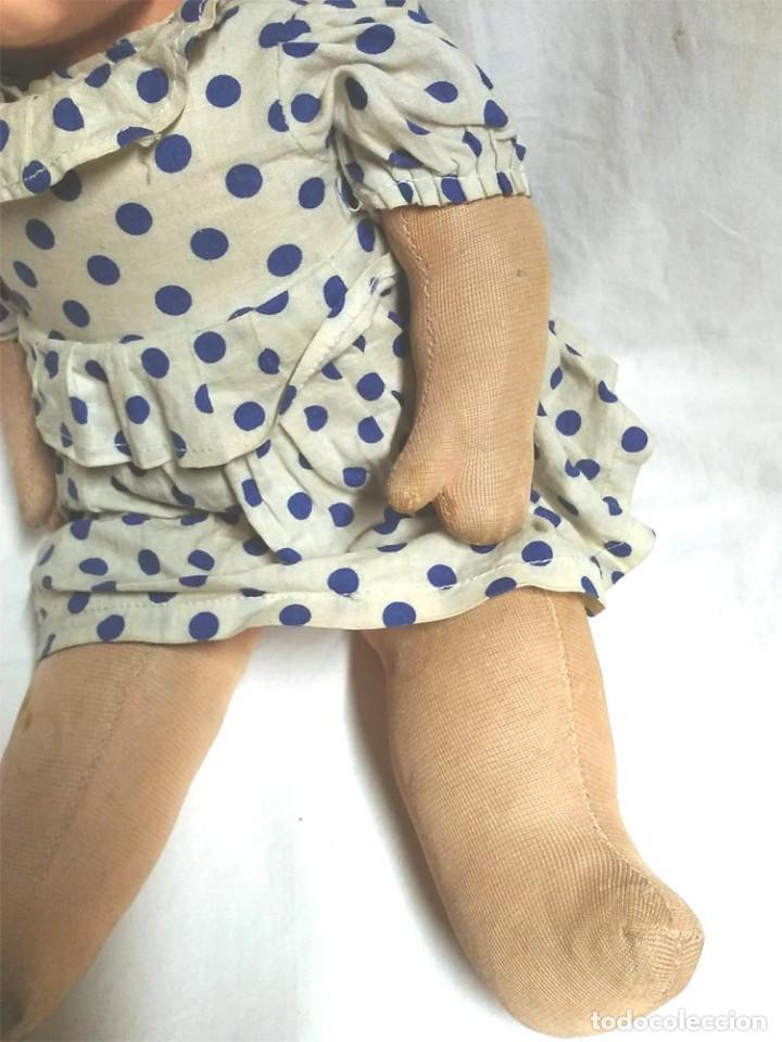 Muñecas Celuloide: Muñeco Bebé celuloide Tortuga 42, llora, ojos durmientes, años 50. Med. 39 cm - Foto 4 - 107002727