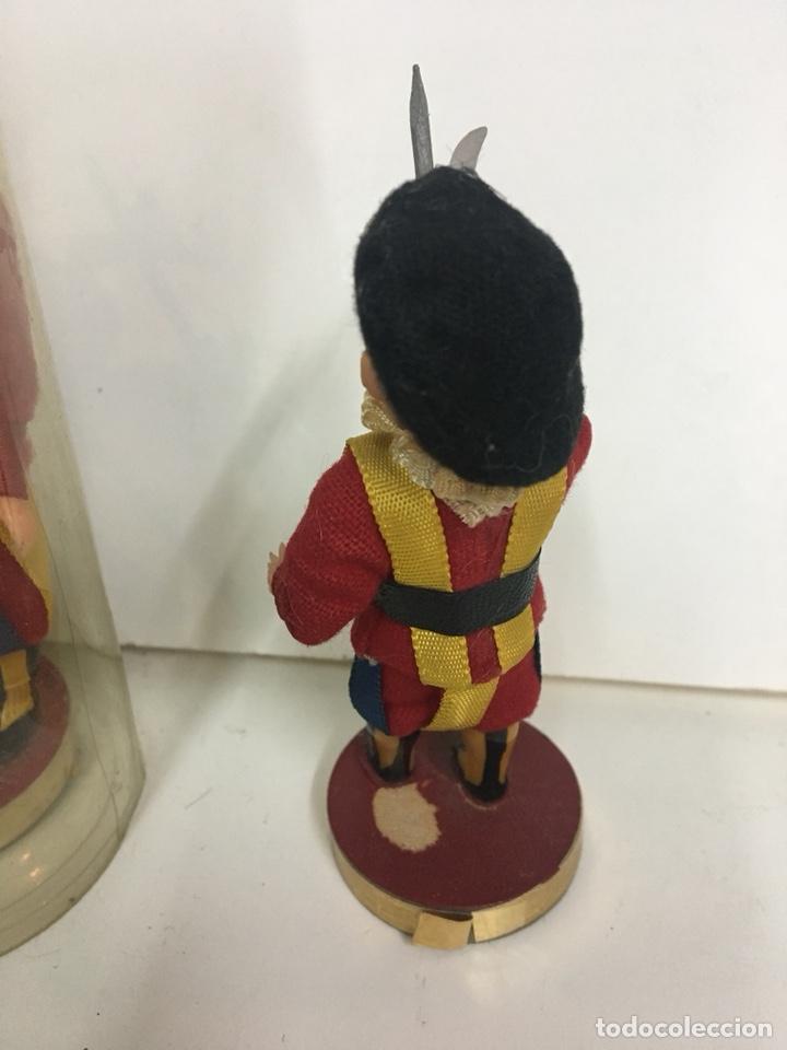 Muñecas Celuloide: MUÑECO SOLDADO GUARDIA SUIZA VATICANO PLASTICO DURO O CELULOIDE 15 CM RECUERDO DE ROMA - Foto 9 - 112162311