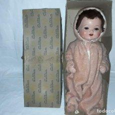 Bonecas Celuloide: MUÑECO BEBE DE CELULOIDE MARCA CELLBA AÑOS 40 - COMPLETO EN SU CAJA. Lote 156642614
