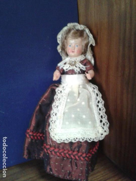 MUÑECA PEQUEÑA FRANCESA DE CELULOIDE AÑOS 50. (Spielzeug - Antike internationale Puppen - Zelluloid-Puppen)