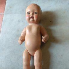 Muñecas Celuloide: ANTIGUO MUÑECO DE PLÁSTICO - CELULOIDE. Lote 161124649