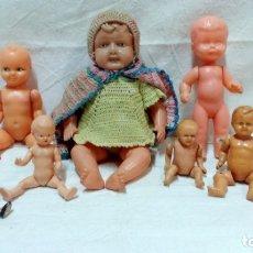 Muñecas Celuloide: LOTE 8 MUÑECAS ANTIGUAS EN CELULOIDE O PLÁSTICO. . Lote 173387797