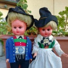 Muñecas Celuloide: PAREJA MUÑECA ANTIGUA EXTRANJERA, TRAJE REGIONAL, CELULOIDE, ALEMANIA?. Lote 181570291