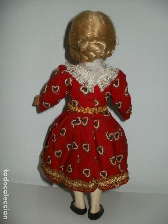 Muñecas Celuloide: PRECIOSA MUÑECA DE CELULOIDE REGIONAL EUROPEA ALEMANA? - Foto 2 - 182291120