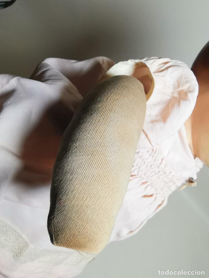 Muñecas Celuloide: Bebé Raynal celuloide cuerpo trapo..43 cm ojos oscilantes-francia años 40 - Foto 37 - 193740175