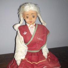 Muñecas Celuloide: MUÑECA DE TRAPO Y CELULOID RECUERDO DE MADEIRA. Lote 197514368