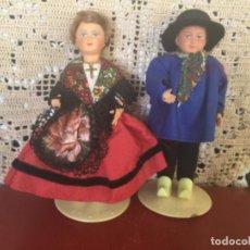 Muñecas Celuloide: PAREJA DE MUÑECOS FRANCESES CON PEANA. Lote 211969263