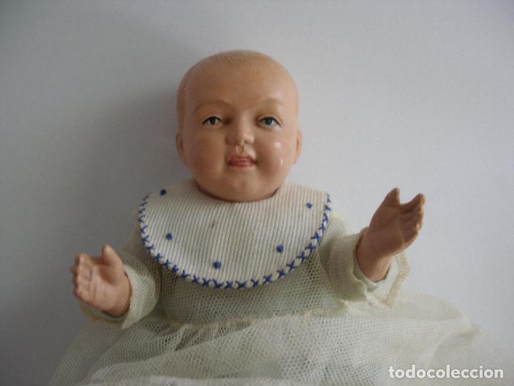 Muñecas Celuloide: Antiguo muñeco bebé celuloide fino cáscara de huevo ropa original Deposé Francia años 20 - Foto 3 - 217536478