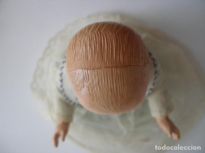 Muñecas Celuloide: Antiguo muñeco bebé celuloide fino cáscara de huevo ropa original Deposé Francia años 20 - Foto 5 - 217536478