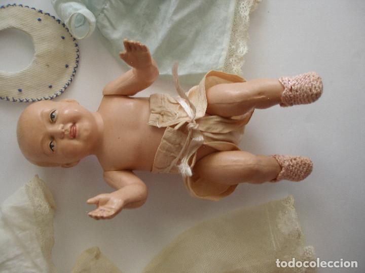Muñecas Celuloide: Antiguo muñeco bebé celuloide fino cáscara de huevo ropa original Deposé Francia años 20 - Foto 16 - 217536478