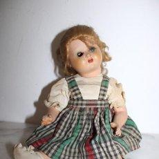 Muñecas Celuloide: ANTIGUA MUÑECA AÑOS 40/50 (NECESSITA UN OJO). Lote 221514873