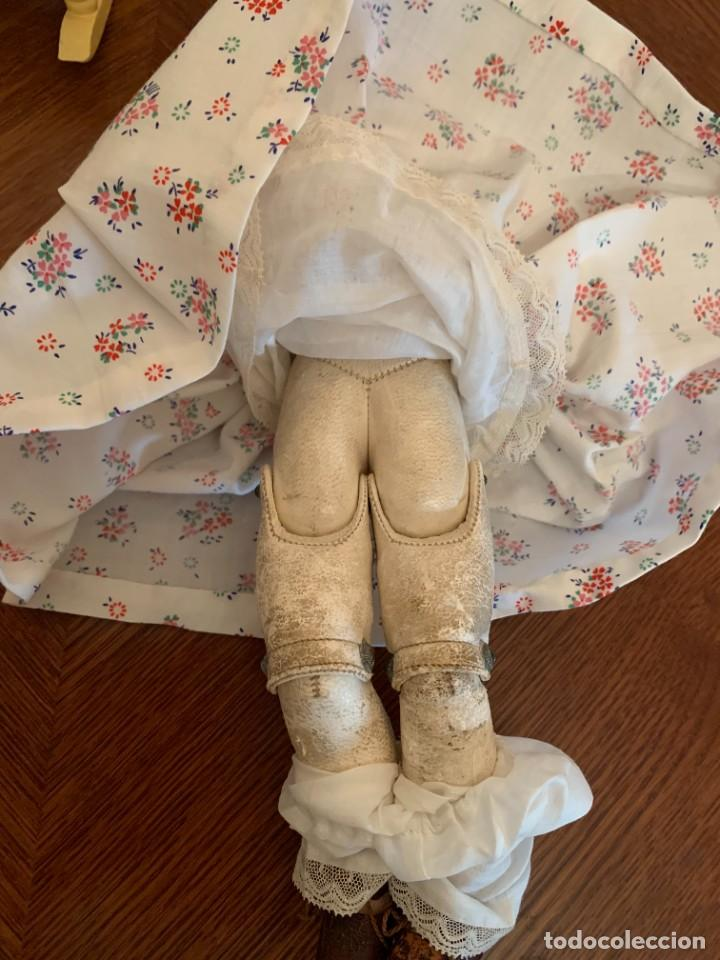 Muñecas Celuloide: Muñeca Kammer & Reinhardt, cuerpo de piel de cabritilla. 30 cms. Ojos durmientes. Años 1920. - Foto 7 - 224533570