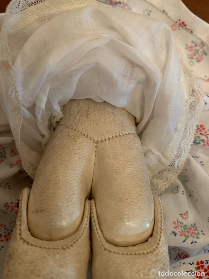 Muñecas Celuloide: Muñeca Kammer & Reinhardt, cuerpo de piel de cabritilla. 30 cms. Ojos durmientes. Años 1920. - Foto 8 - 224533570
