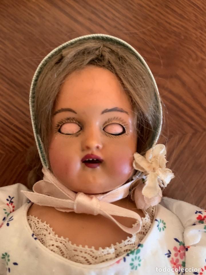 Muñecas Celuloide: Muñeca Kammer & Reinhardt, cuerpo de piel de cabritilla. 30 cms. Ojos durmientes. Años 1920. - Foto 12 - 224533570