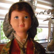 Muñecas Celuloide: MUÑECA DE CELULOIDE ANTIGUA AÑOS 50-60, TODA DE ORIGEN , LLEVA ETIQUETA EN LA FALDA. Lote 233095875