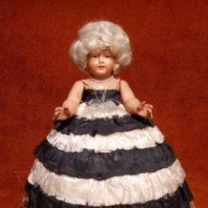 Muñecas Celuloide: ANTIGUA MUÑECA ALEMANA DE CELULOIDE TORTUGA. Lote 254712170