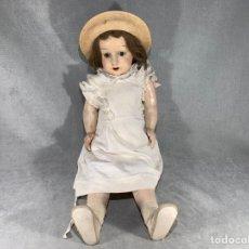 Bambole Celluloide: MUÑECA FRANCESA DE PAPEL MACHE OJOS DE VIDRIO -. Lote 275273008