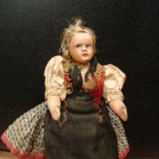 Muñecas Composición: MUÑECA ANTIGUA DE TRAPA CON CABEZA DE PASTA DURA. Lote 23057750