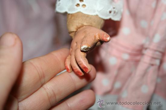 Muñecas Composición: antigua muñeca de composicion o celuloide y trapo se vende sin el sombrero - Foto 4 - 26578433