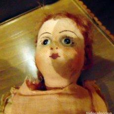 Muñecas Composición: ANTIGUA MUÑECA COMPOSICION CARTON Y TELA, 27 CM, OJOS DE CRISTAL. Lote 183731441