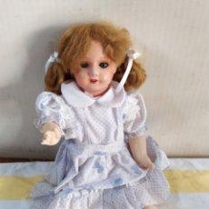Muñecas Composición: ANTIGUA MUÑECA DE PARÍS OJOS DE CRISTAL AÑOS 20. Lote 195477642
