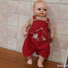 Bambole Composizione: ANTIGUA MUÑECA EN CARTON PIEDRA Y TRAPO, OJOS FILTRI!. Lote 244864260
