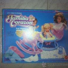 Muñecas Españolas Modernas: FAMILIA CORAZON ACCESORIOS. Lote 25733134