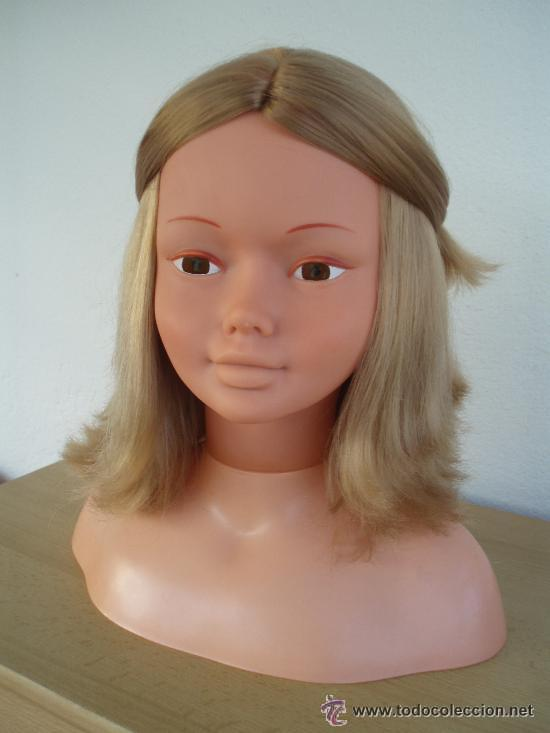 muñeca busto maquillaje