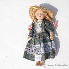 Muñecas Españolas Modernas: MUÑECA PORCELANA.. Lote 28305202