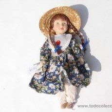 Muñecas Españolas Modernas: MUÑECA PORCELANA.. Lote 28305373
