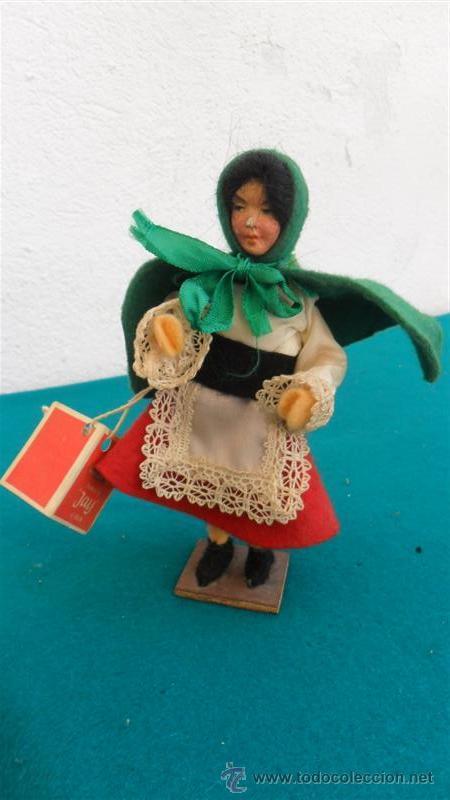 MUÑECA TRAJE TIPICO (Juguetes - Otras Muñecas Españolas Modernas)