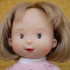 Modern Spanish Dolls - Muñeca Mariquita Model, camiseta rosa - 32203029