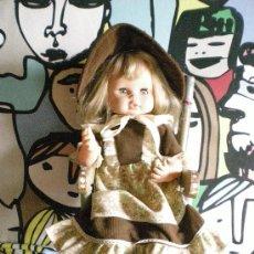 Muñecas Españolas Modernas: MUÑECA MAMA MENCI DE JESMAR COMPLETA DE ORIGEN CON MECEDORA DE MADERA. Lote 73855431