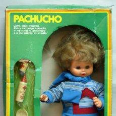 Muñecas Españolas Modernas: MUÑECO PACHUCHO DE BB BERJUSA AÑOS 70 CON SU CAJA. Lote 168935249