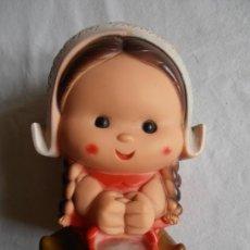 Muñecas Españolas Modernas: MUÑECA DE GOMA HOLANDESA JUGASA . Lote 36446847