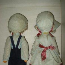 Muñecas Españolas Modernas: ANTIGUOS Y ORIGINALES MUÑECA Y MUÑECO * LAURA Y TOÑO DE LA MONTAÑAS *. Lote 36792111
