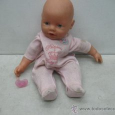Muñecas Españolas Modernas: ZAPF CREATION - MUÑECO BABY BORN CON TRAJE Y CHUPETE. Lote 48508050