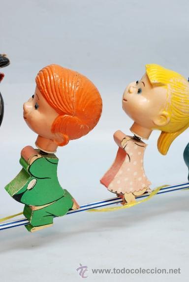 Muñecas Españolas Modernas: Arrastre Familia Telerín Telerines Vamos a la cama muñecos madera con cabeza plástico años 60 - Foto 3 - 39153755