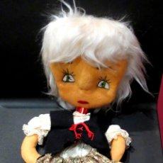 Muñecas Españolas Modernas: MUÑECA FIELTRO GRANDE AÑOS 80. Lote 40484727