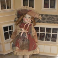 Muñecas Españolas Modernas: ANTIGUA MUÑECA DE BISCUIT O PORCELANA DE JOSEFINA Y RAMON INGLES . Lote 43610907